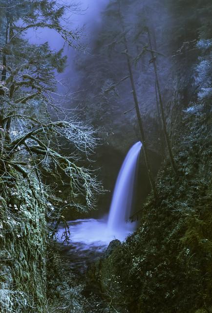 Metlako Falls ( Columbia River Gorge, OR ).