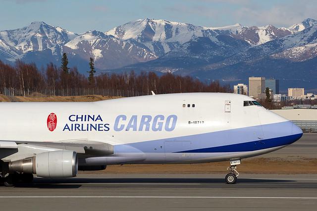 China Airlines B-18712 20 Apr 14   CAL 5147 PANC RJBB