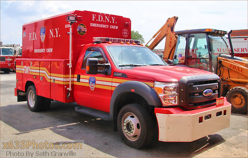 FDNY Emergency Crew 584 Photo
