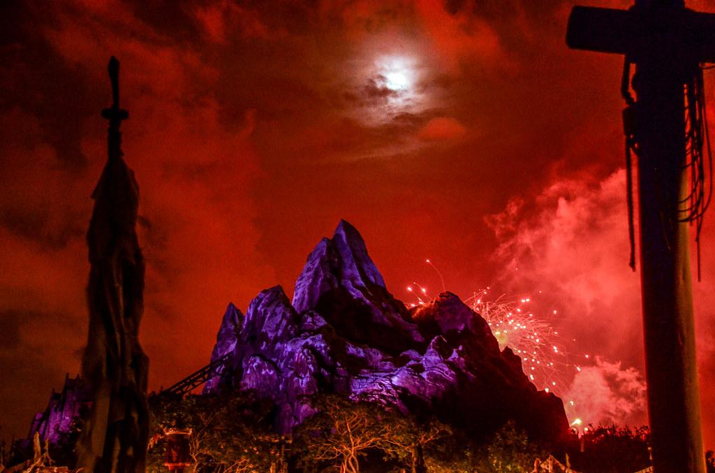 Everest fireworks red