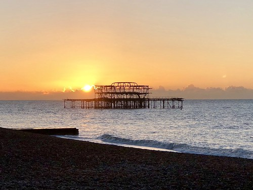 west pier westpier brighton cloudysunrise sunrise