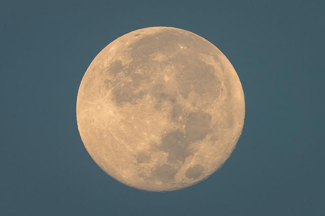 Morning Full Moon
