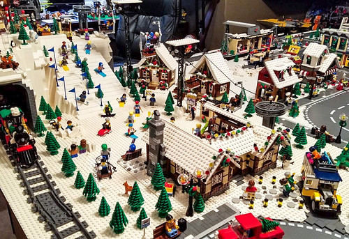 LEGO Christmas Village and Snow Resort 2017