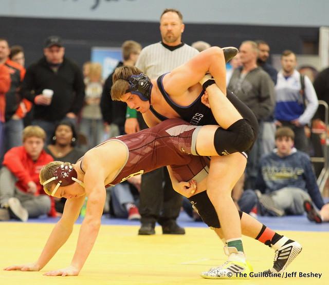 182 Semifinal - Cade King (Owatonna) 8-0 won by decision over Isaac Lahr (Holmen) 13-3 (Dec 14-7) - 171216BJF0416