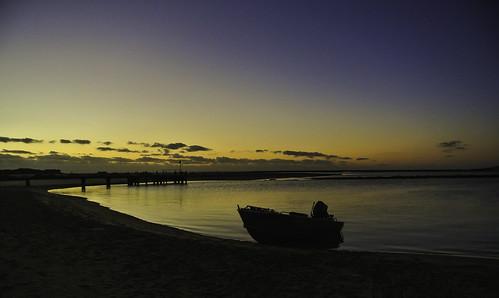 kalbarri westernaustralia australien sonnenuntergang sunset meer himmel sky wasser water boot boat strand beach wolken clouds nikon1v1 kati katharina 2017