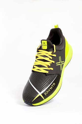Spike%20-%20Black%20&%20Yellow%20-%20Vertical_preview.jpeg | by SixSixesCricket