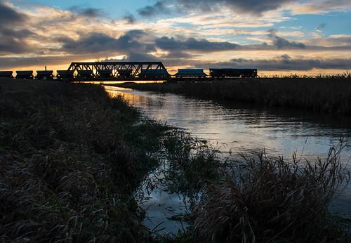 class66 gbrf freight sand bridge