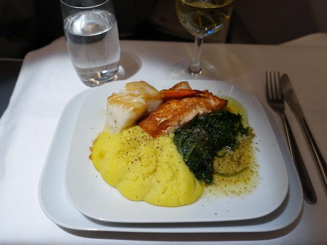 201711013 LH411 JFK-MUC dinner