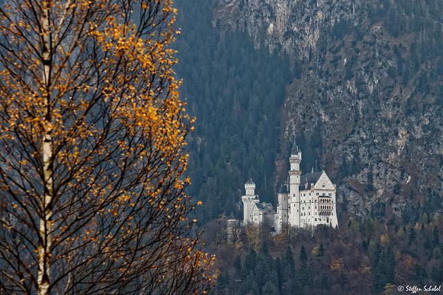 Neuschwanstein Castle / Schloss Neuschwanstein
