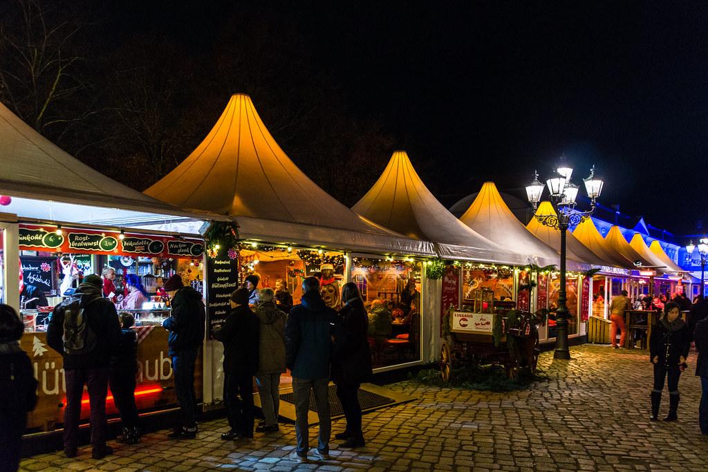 Weihnachtsmarkt Schloss Charlottenburg.Weihnachtsmarkt Am Schloss Charlottenburg De Wikipedia Org Flickr