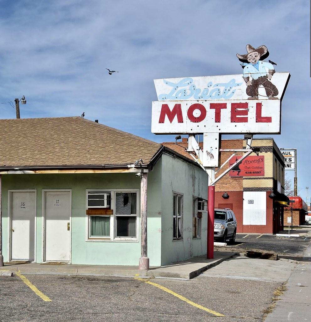 Lariat Motel - Cheyenne,Wyoming