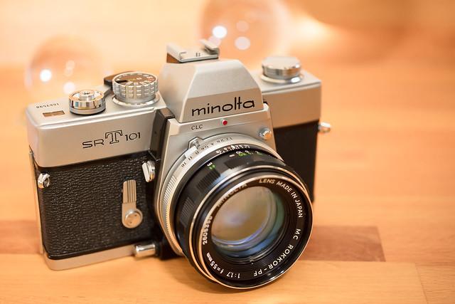 Minolta SRT101