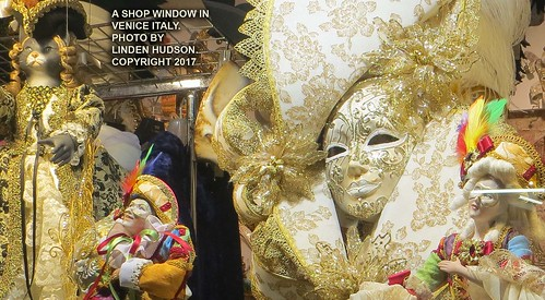 CARNIVAL ART IN VENICE SHOP WINDOW | by lindenhud1