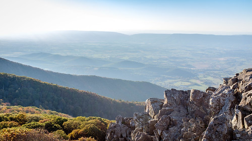 landscape rocas autumn x100f shenandoah hazy virginia stonyman forest nature fuji naturaleza park fall va fujifilm rocks luray unitedstates us