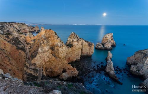 algarve portugal sunrise moonlight sascha haase tbiggums landscape landschaft sony canon wasser himmel felsen meer ozean kliff bucht