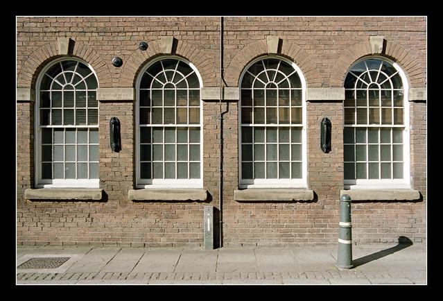 FILM - Four arched windows