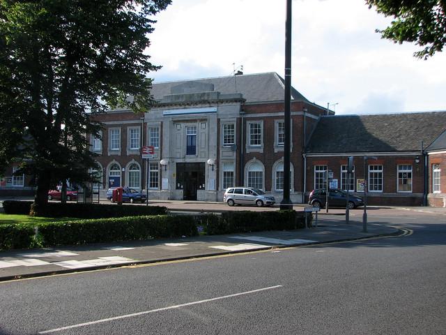 Clacton railway station