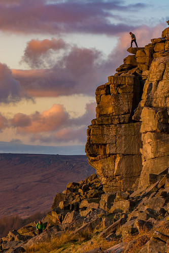 stanageedge sunset derbyshire dontlookdown climbing climber adventure