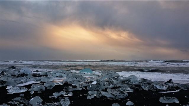 Sunrise at Diamond Beach, Jökulsárlón, Iceland