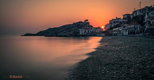 morning travel sea rot water sunrise meer wasser greece griechenland sonnenaufgang samos reise langzeitbelichtung kokkari ndfilter travelphotography reisefotografie nikkor2470mmf28 nikond800