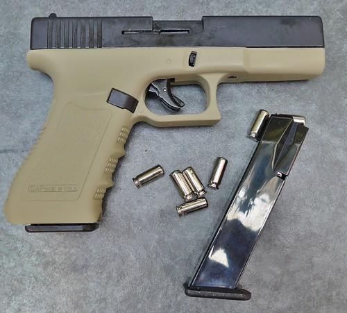 Bruni Glock 17 blank khaki