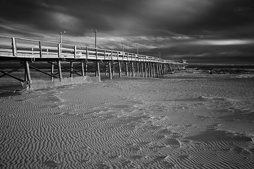 blackandwhite blancetnoir monochrome atlantic ocean atlanticbeach northcarolina boguebanks oceananapier surf high winter stormseas spectacularclouds sunset deserted windblown sand sony nex6 fullspectrumconversion neewer 850nm filter emount