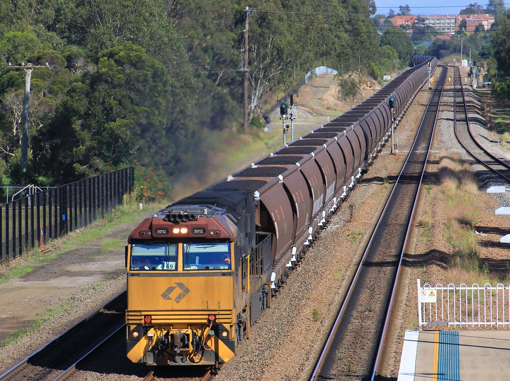5012 tops Aurizon's Push Pull loaded WG954 coal into Metford by bukk05