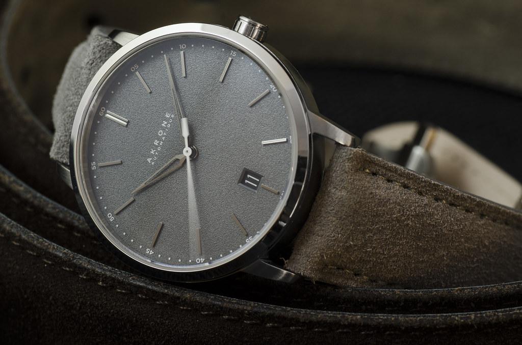 Akrone : des montres, tout simplement 39158643575_43aced1cd7_b