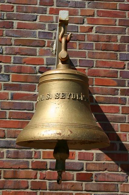 Marine-Ehrenmal Laboe: Schiffsglocke der S.M.S. SEYDLITZ