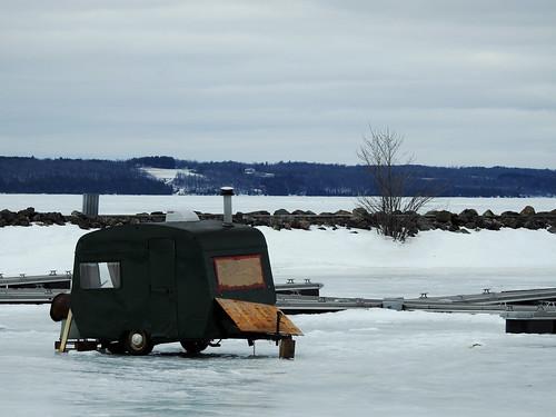 alymermarina pêchesurlaglace icefishing wychwood winter hiver aylmer gatineau quebec canada