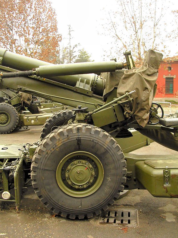 FH-70 155mm Field Howitzer 8