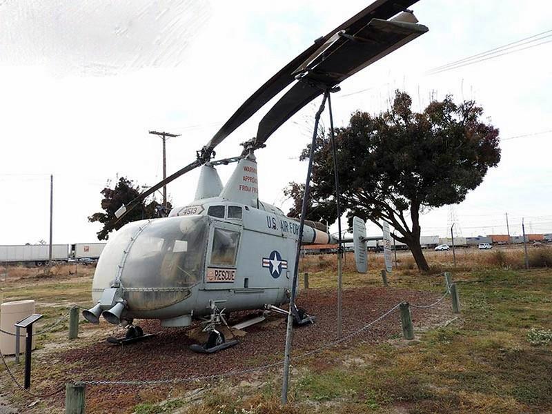 Kaman HH-43B Huskie 1