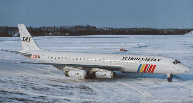 SE-DDU SAS DC-8-62