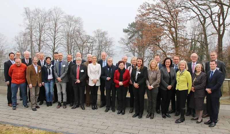 Kuratorium und Beirat der Akademie für Politische Bildung