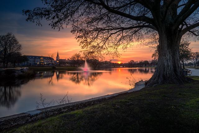 Lake Elmendorf Sunset