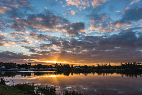 lakes park sunrise arnoldphotog photography canon landscape reflection clouds