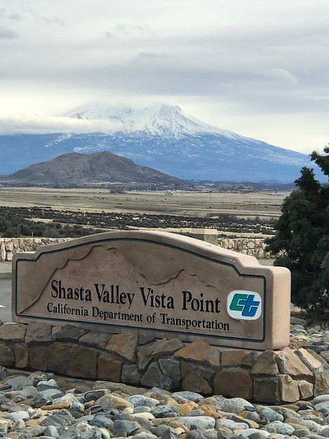 Travel - Shasta Valley View