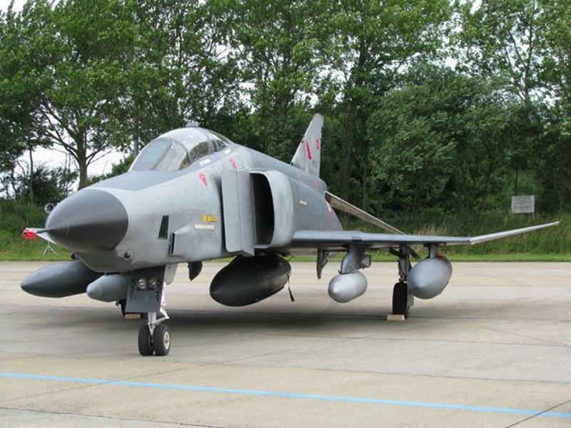 RF-4C reconnaisance Phantom 1