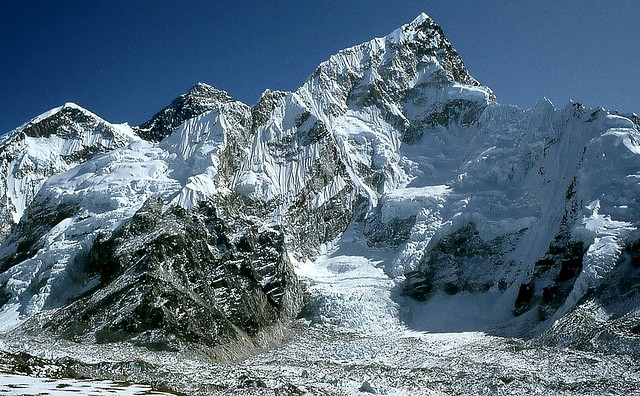 Nuptse et Everest
