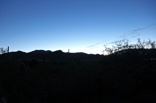 arizona arizonamountains tucsonarizona sunrisephotography sunrise sky santacatalinamountains