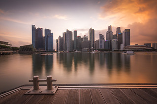 What a view during sunset in Singapore | by Tim van Woensel
