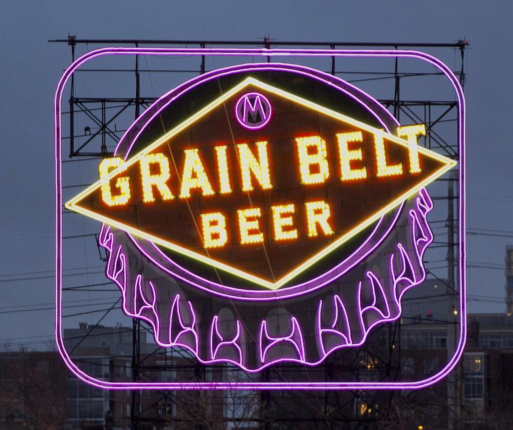 The iconic 1941 neon Grain Belt Beer sign lit up in Minnes… | Flickr