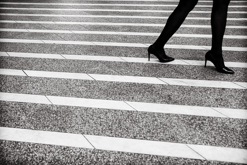 lines.legs.and.heels | by grizzleur