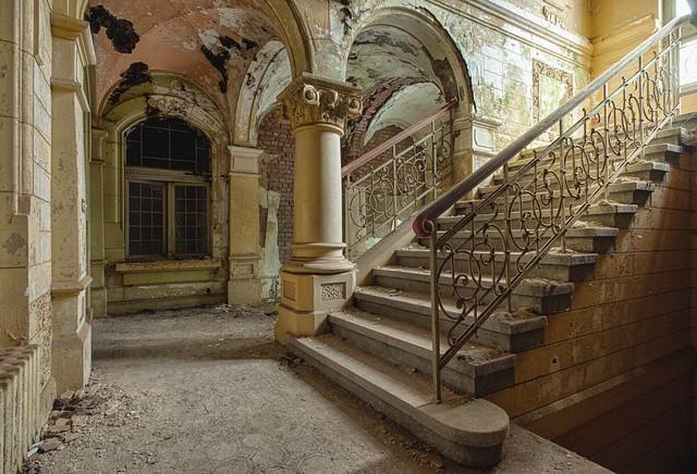 Villa K.