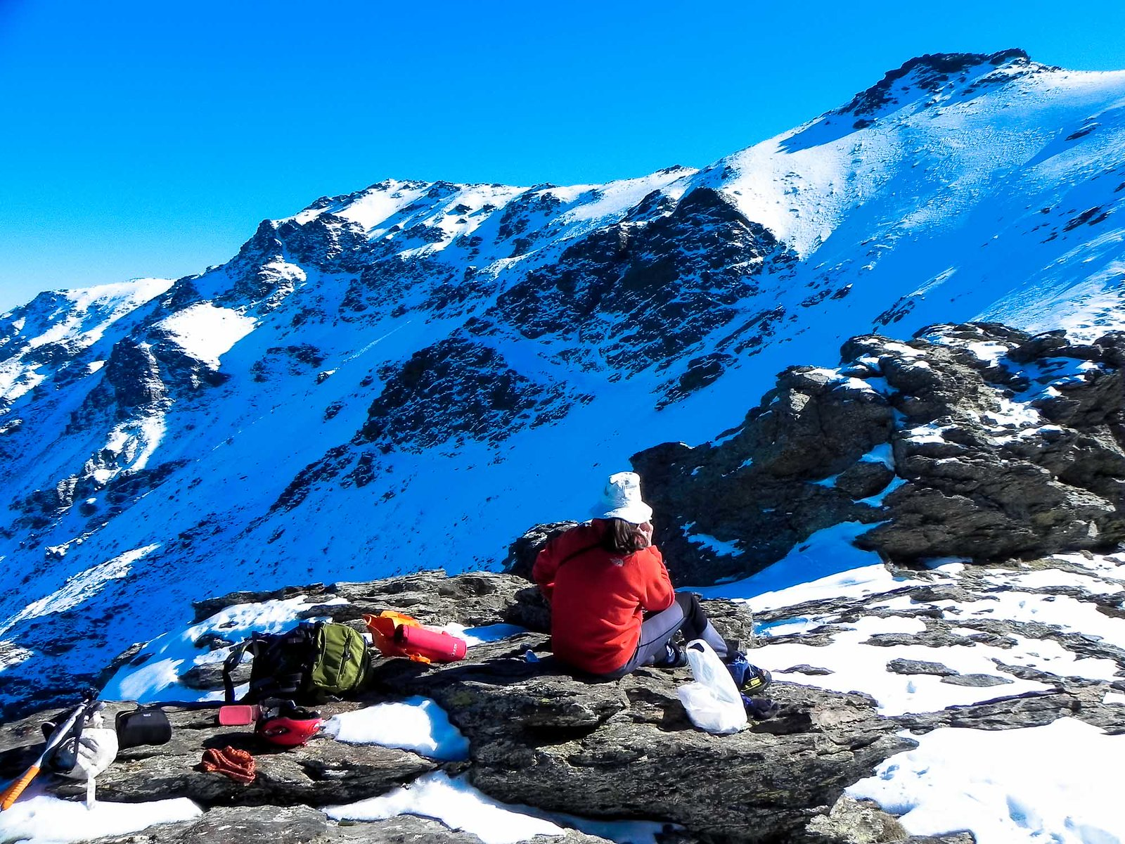 Comida con vistas al Tajo de la Querencia y el Cerro del Buitre