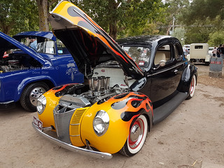 1940 Ford V8 Coupe Hot Rod | Covers a 1940 Ford V8 Coupe Hot