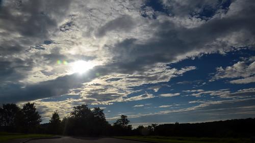 brp clouds d7000 nikon nikond7000 nikondslr nikontamron roanokeriverparkway sky sun tamron tamron16300mm tamron16300mmf3563diiivcpzdmacro tamron16300mmf3563diiivcpzdmacrob016 trees va virginia roanokeriverparkwayoverlook