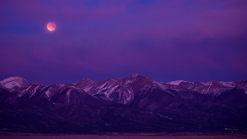 lunareclipse supermoon bloodmoon bluemoon westcliffe colorado co nikond600 nikonafnikkor80200mmf28d