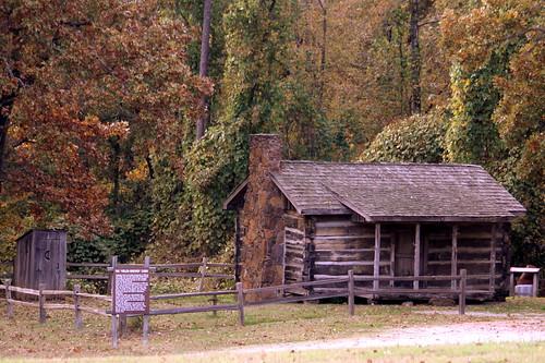 tn tennessee chestercounty cabin house loghouse logcabin chickasawstatepark statepark bmok bmok2