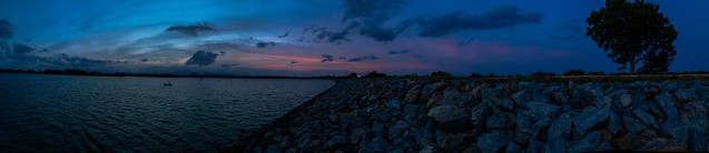 Chandrika Lake #Ceylon #BeautyfulSriLanka #LKA #SkyPorn #Evening